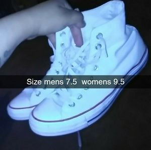 Unisex convers mens 7.5 and womens 9.5